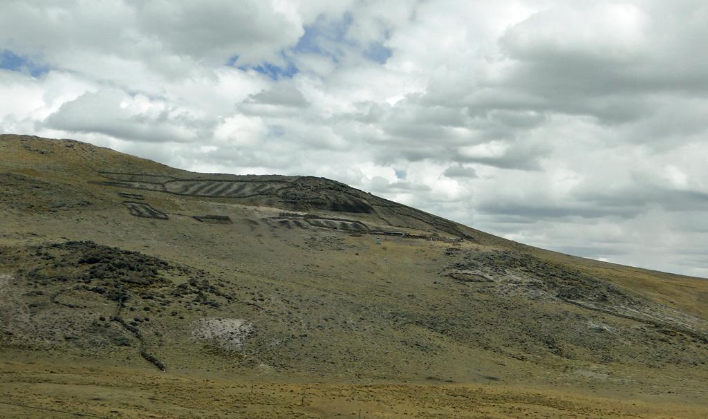 Enclos pour lamas dans la montagne