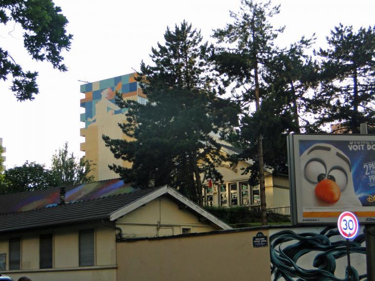 Fresque derrière l'école