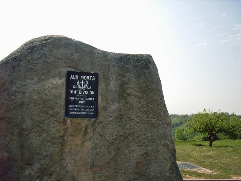 monument-164ème