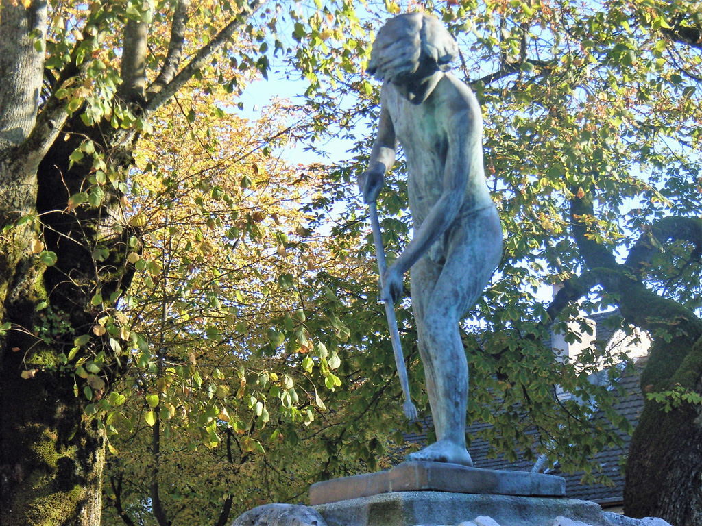 Oeuvre sculptée exposée  en ville