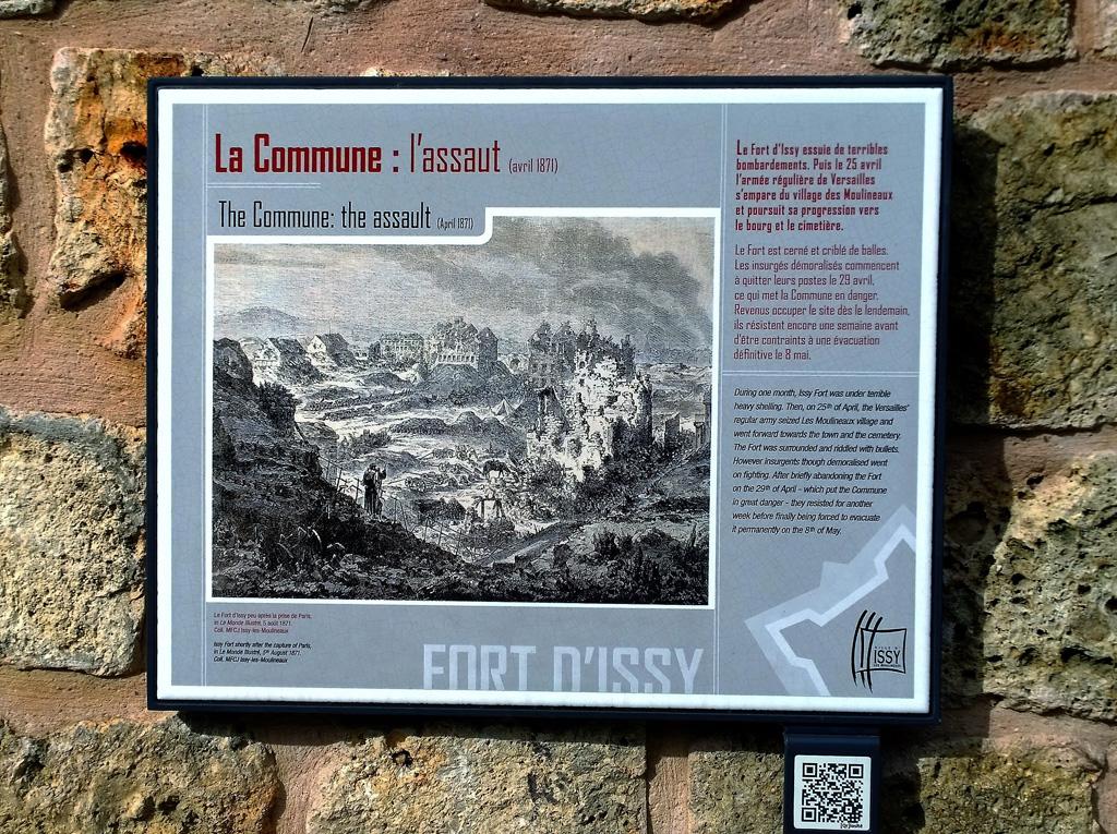 Le panneau Histoire du Fort d'Issy-Les-Moulineaux
