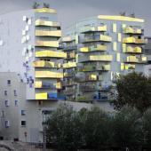 201805-Bâtiment d'architecture contemporaine