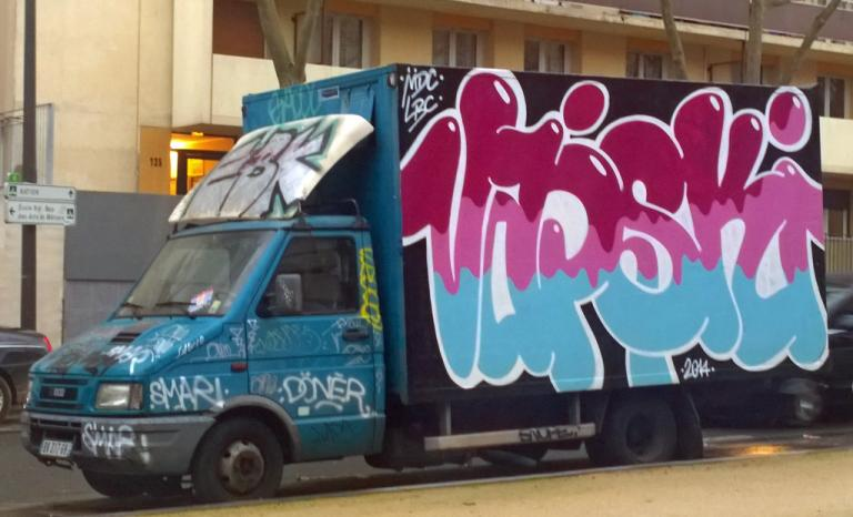 camion-tag