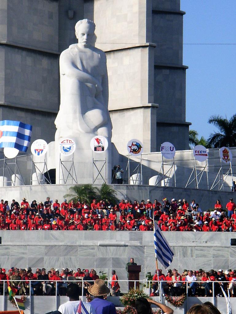 Cuba13-1ermai2006